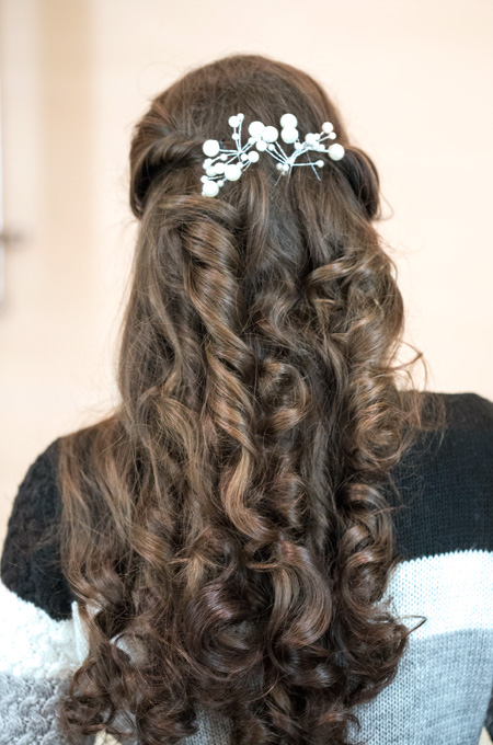 elegant hairstyling open hair